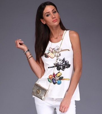 3ead25d21830e DODAJESZ PRODUKT DO KOSZYKA: Kremowy T-shirt+ Diamentowy Print+ Logo
